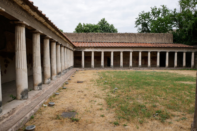 Colonnato della villa di Poppea a Oplonti