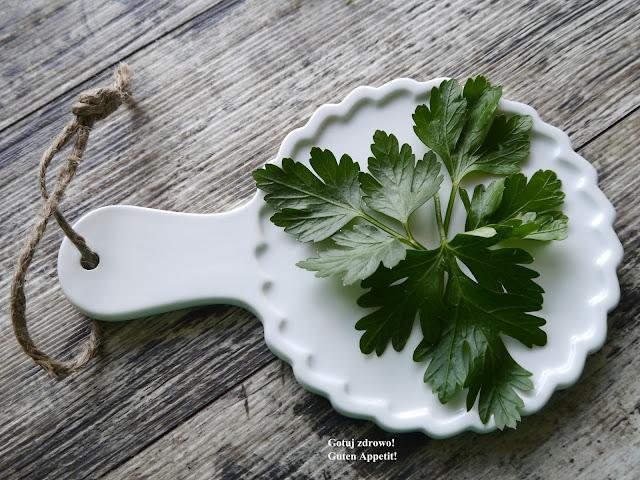 Pietruszka - zielona moc natury - Czytaj więcej »
