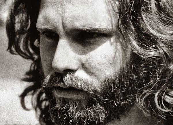¿Era Jim Morrison, un poeta?