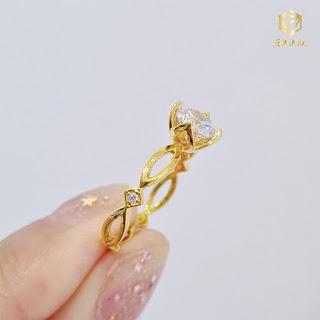 Nhẫn kim cương thiết kế đơn giản, ấn tượng