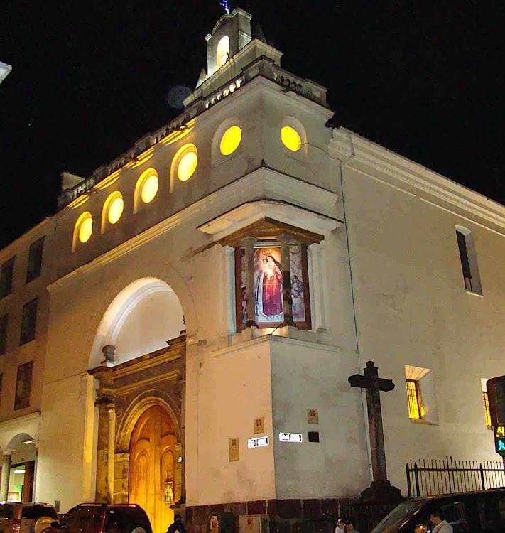 Esquina do convento em Quito. Maus governantes já tentaram fechá-lo