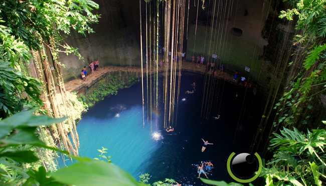 Ik-Kil Cenote, Mexico