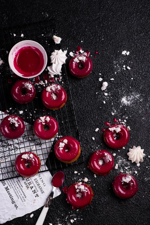 Ekspresowe oponki/donuty z różowym lukrem
