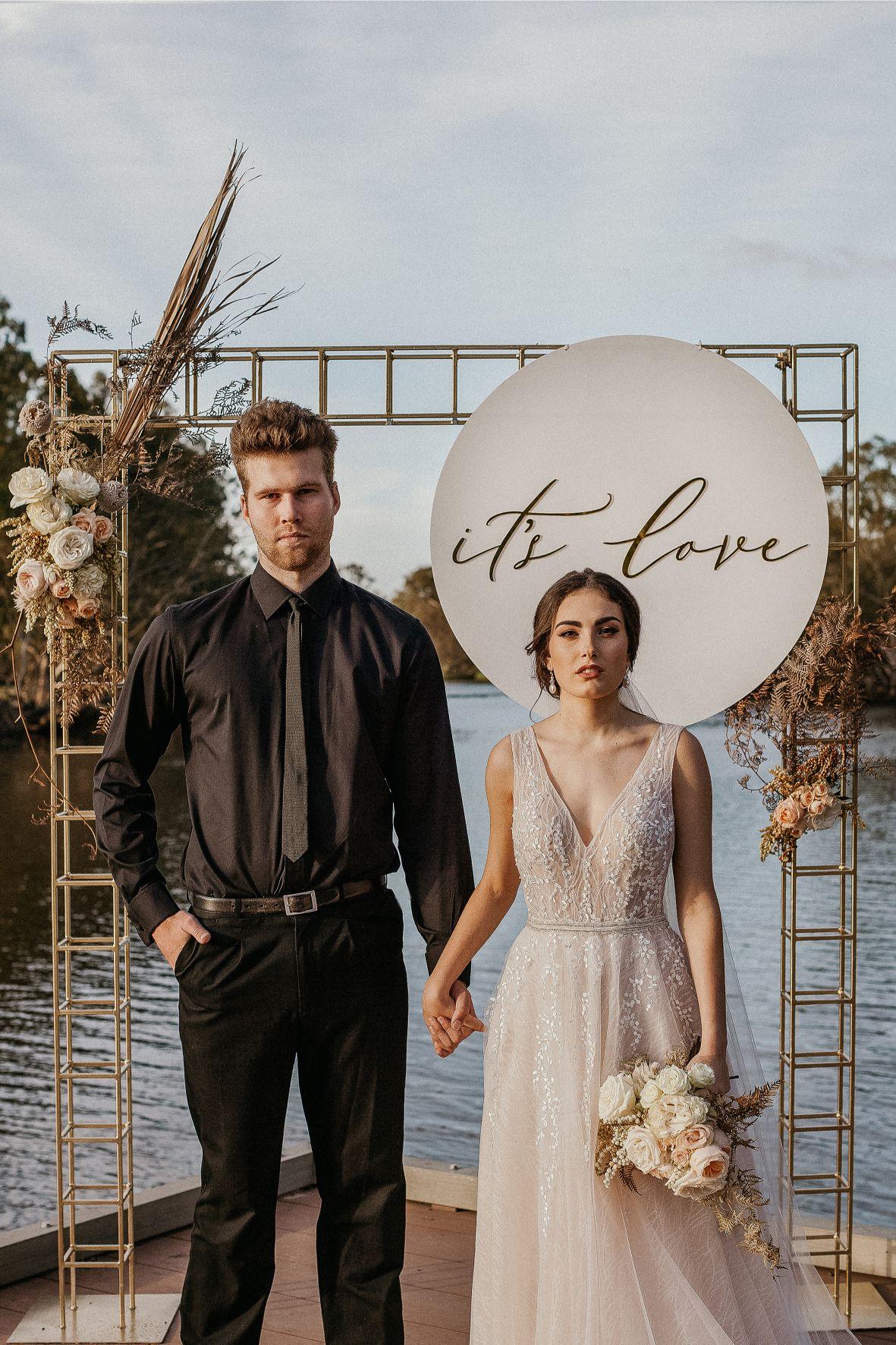 STYLED SHOOT: IT'S LOVE | AUTUMN APRICOT HUES WEDDING EDITORIAL PERTH WA