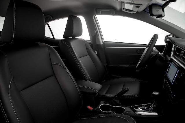 Toyota Corolla XRS 2018 - interior