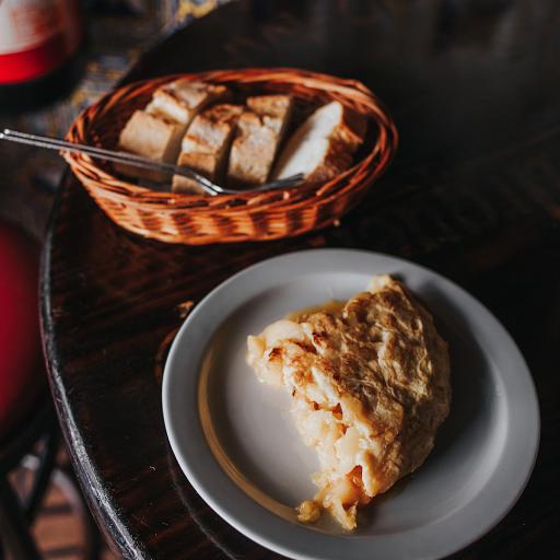 Pincho de Tortilla de Patata de la Bodega la Ardosa de Madrid