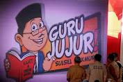 """Bupati Kep. Selayar Hadiri Deklarasi """"Guru Jujur Sulsel Makmur"""" Di Makassar"""