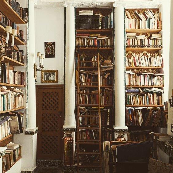Por categorías o por colores? Es hora de organizar tus libros ...