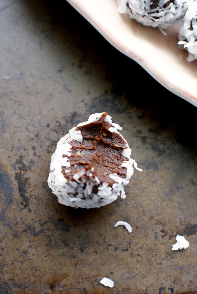 Healthy Coconut Fudge Balls rich chocolatey treats made with simple, whole, paleo approved ingredients.  They will satisfy even the most ravenous sweet tooth!