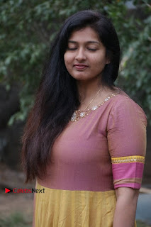 athri Raguram Stills at Yathumaki Nindraai Press Meet  0002.jpg