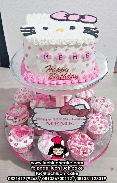 Cupcake Tier Hello Kitty
