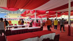 Rahmat Effendi Pantau Langsung Jelang Vaksinasi Massal di Stadion Patriot Chandrabhaga Bekasi