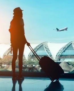 Beberapa Item yang Wajib Dibawa Ketika Bepergian