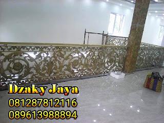 railing-balkon-besi-tempa-balkon-klasik-16