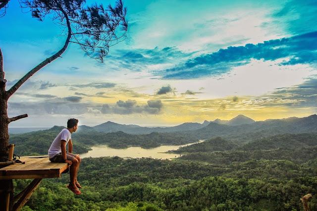 Paket Wisata Tour Yogyakarta - Solo - Sarangan - Pacitan