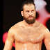 Drew Gulak renova com a WWE