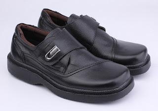 grosir sepatu lapangan,grosir sepatu kerja boots,gambar sepatu kerja terbaru,sepatu kerja keren