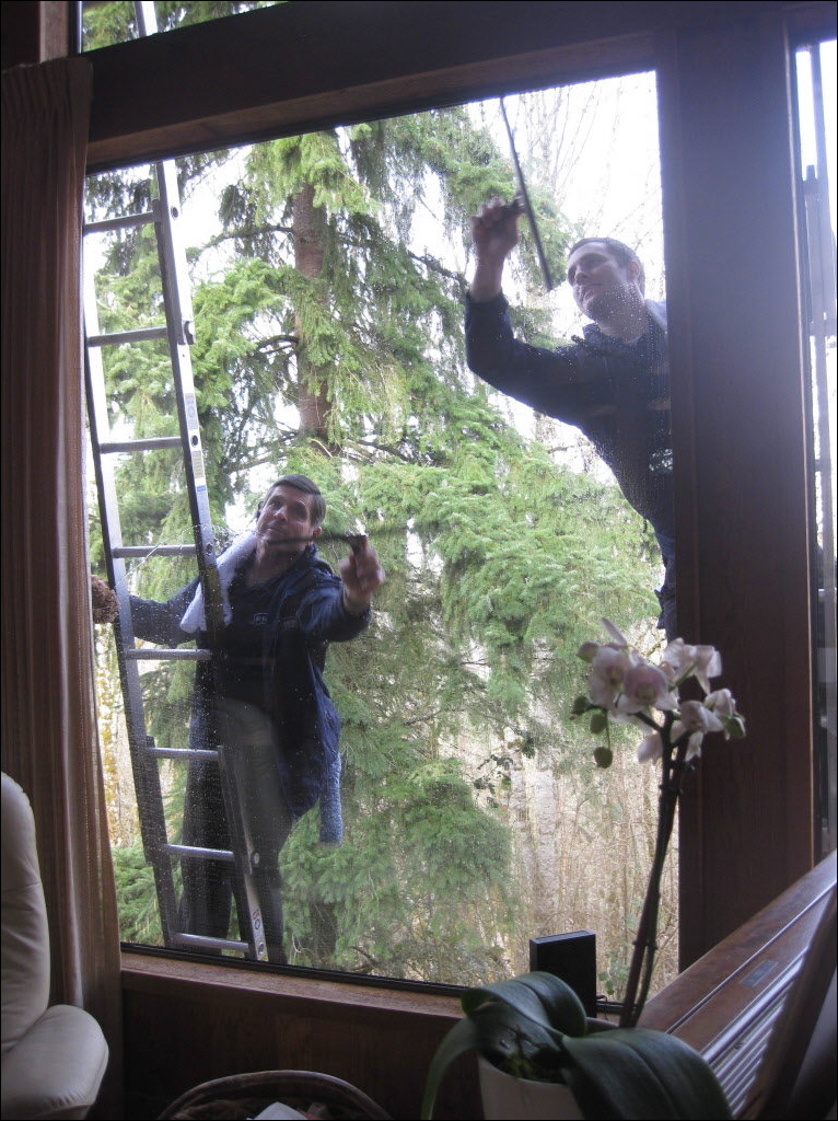 Robinson Solutions Professional Window Cleaning Expanding
