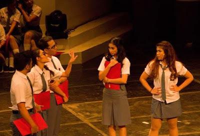 contoh naskah drama musikal