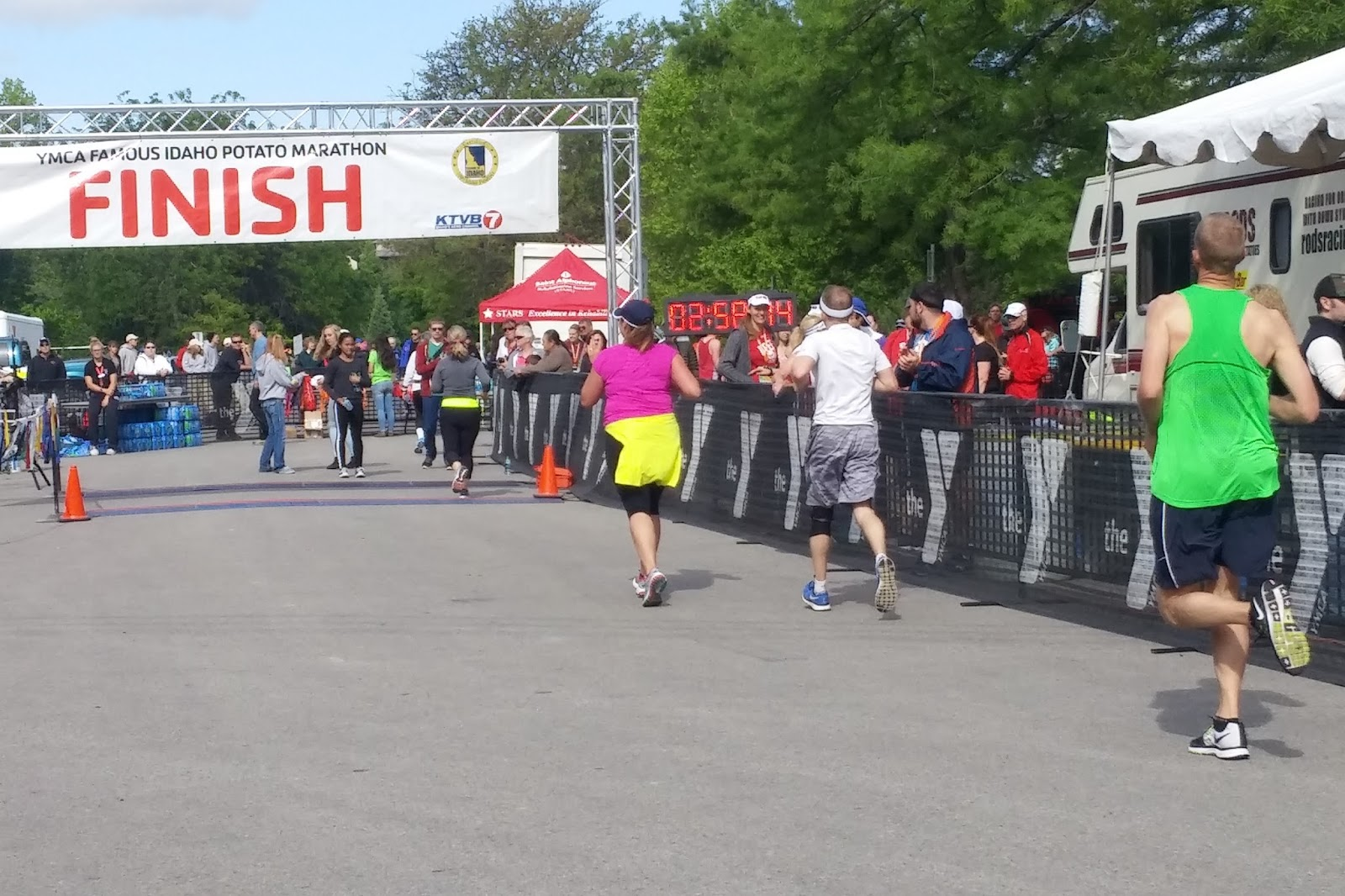 Approaching the finish line at the Famous Idaho Potato Marathon