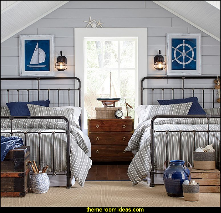 Coastal Designs Furniture Beach House Cottage Bedroom: Maries Manor: Seaside Cottage