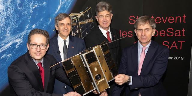 Celebrating the successful launch of ESA's CubeSat OPS-SAT (from left) Stephan Mayer, ESA delegate, Aeronautics and Space Agency (ALR) of the FFG, Otto Koudelka, Technical Director of the OPS-SAT mission, TU Graz-Rector Harald Kainz and Michael Schmidt, Head of the Advanced Concepts and Management Support at ESA Darmstadt. © Lunghammer – TU Graz
