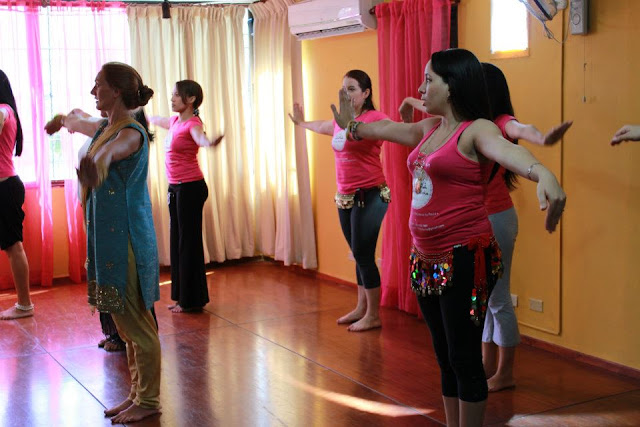 clase belly dance republica dominicana