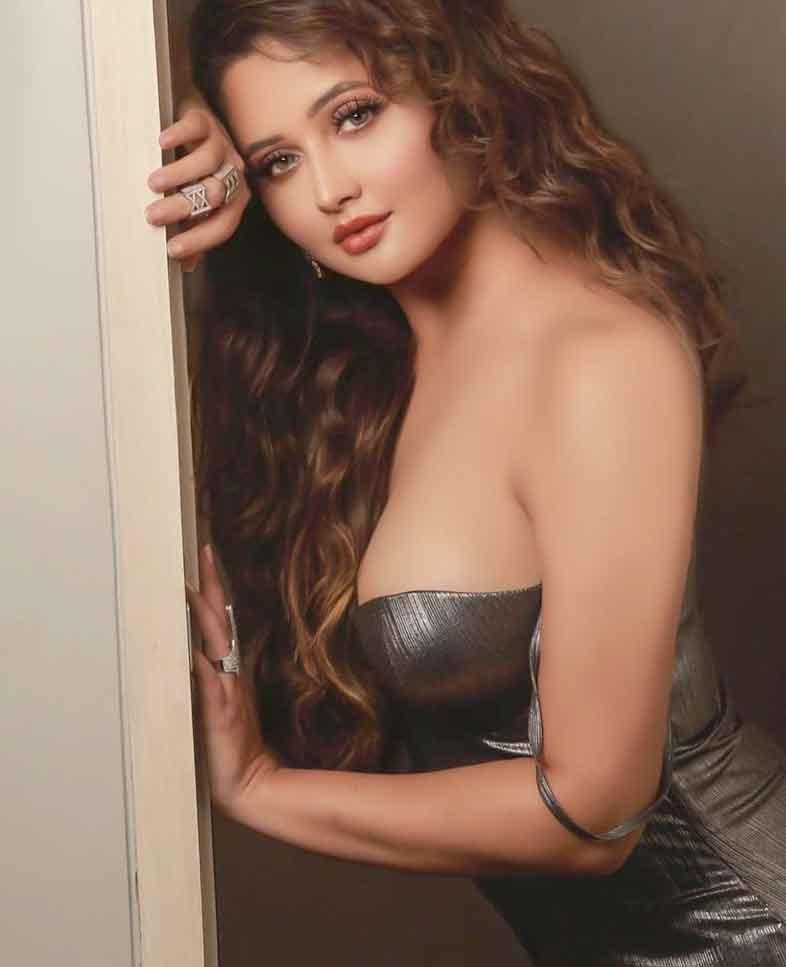 bigg-boss-13-contestant-rashami-desais-bold-and-beautiful-photoshoot