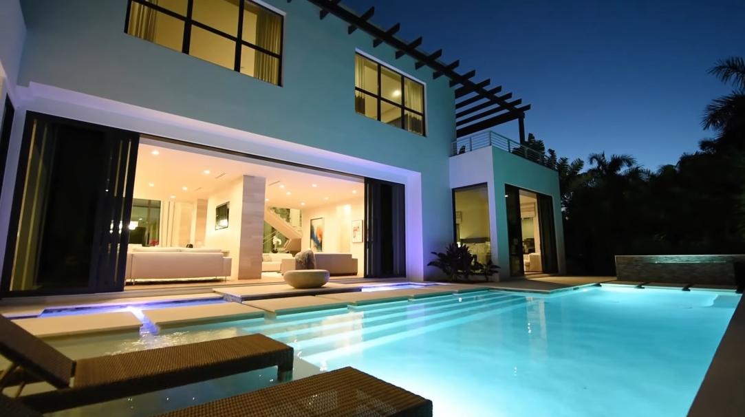 37 Interior Design Photos vs. 665 Fountainhead Way, Naples, FL Luxury Home Tour