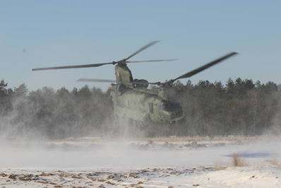 Dutch helicopters snow training