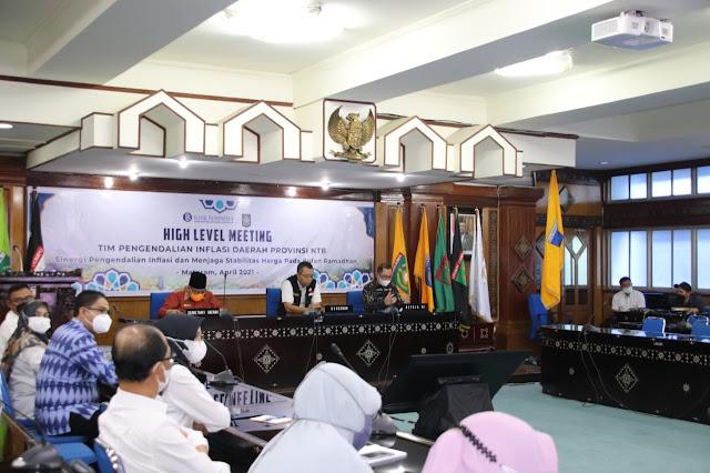 Gubernur NTB saat Rapat dengan Bank Indonesia