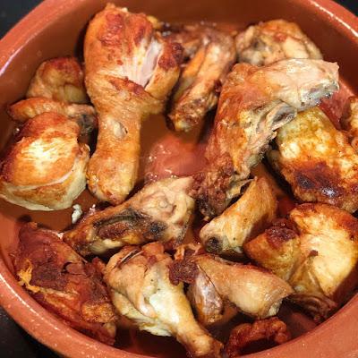 pollo-frito-pollo-al-ajillo