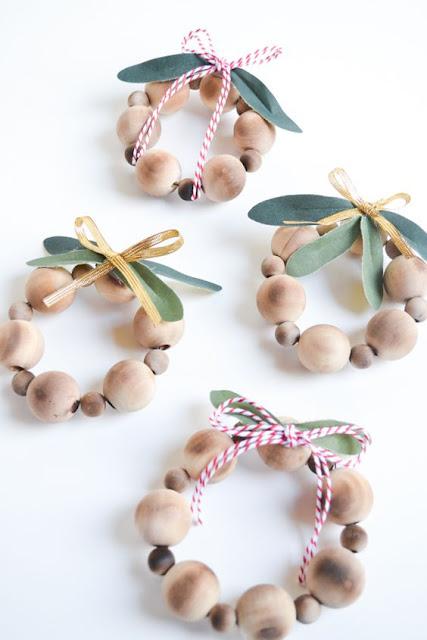 bolas en madera manualidades