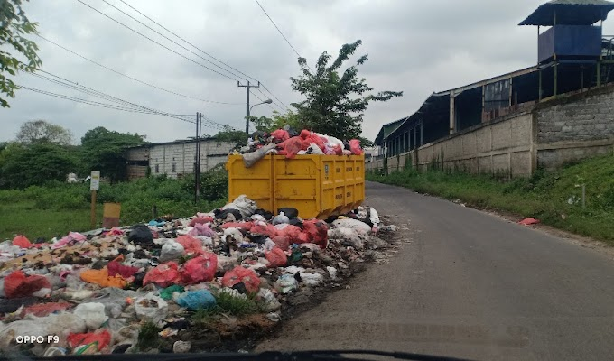 Sudah Ada Bak Sampah, Masyarakat Diminta Sadar Diri