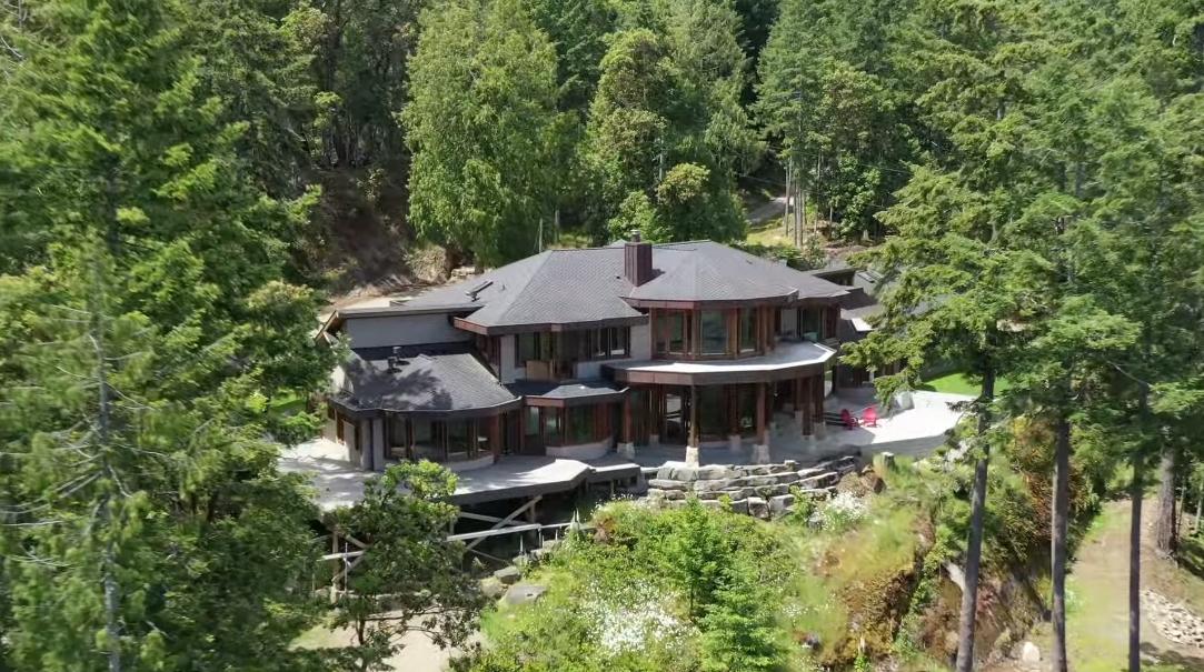 11 Photos vs. 266 Little Mountain Rd, Salt Spring Island, BC Luxury Home Tour