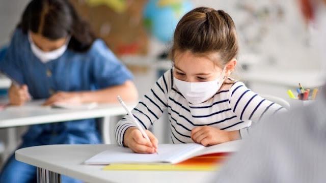 Ερχεται το «διάλειμμα μάσκας» στα σχολεία