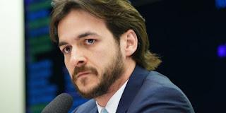 """Tucano raiz, Pedro Cunha LIma vê Lula forte para 2022: """"Vai tomar conta de tudo"""""""