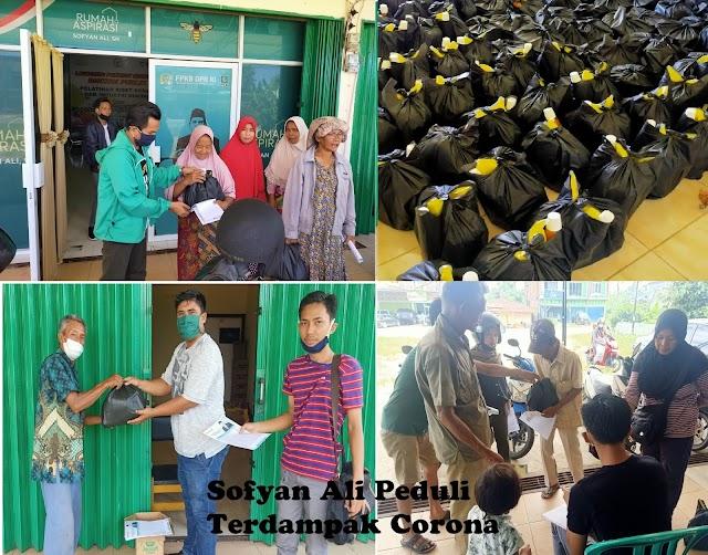 Sambut Ramadhan, Sofyan Ali Bagikan Sembako untuk Warga