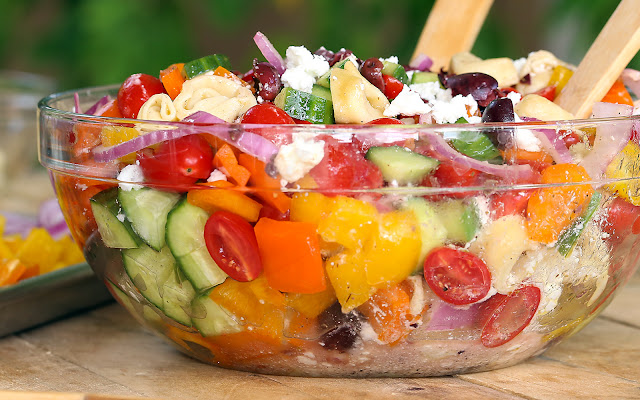 Greek Tortellini Pasta Salad