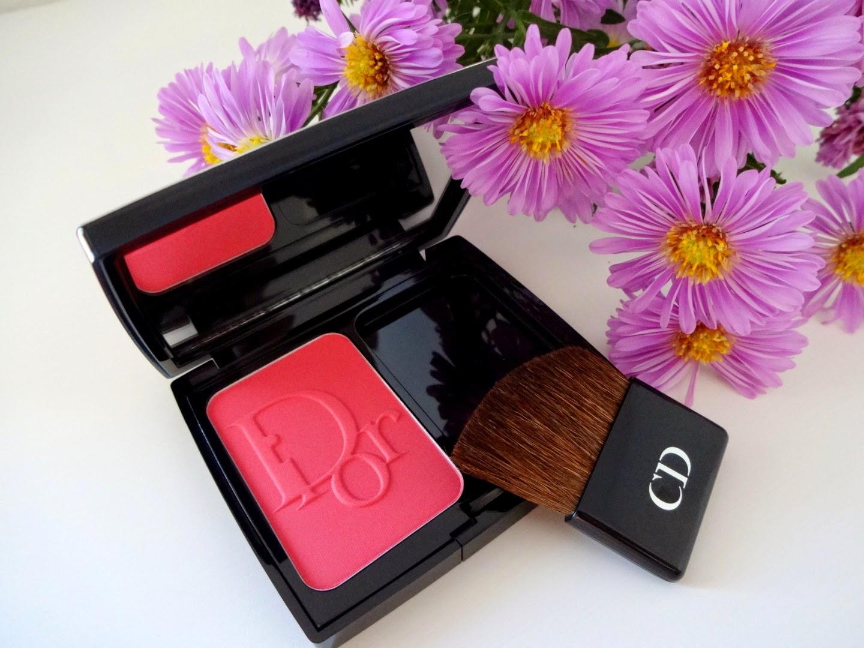 dior rouge baume, rossetto idratante, balsamo labbra colorato, dior vernis, dior blush rose corolle, dior contour lip liner