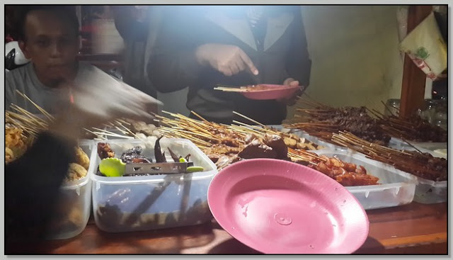 Tempat Makan Kaki Lima Enak di Surabaya