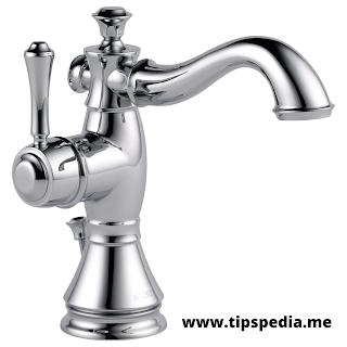 traditional single hole bathroom faucet