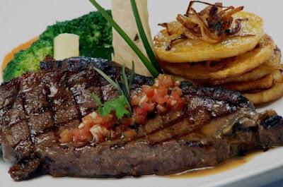 cara membuat steak daging sapi yang empuk,cara membuat steak daging sapi sederhana,cara memasak steak daging sapi lada hitam,cara membuat steak daging sapi rumahan,