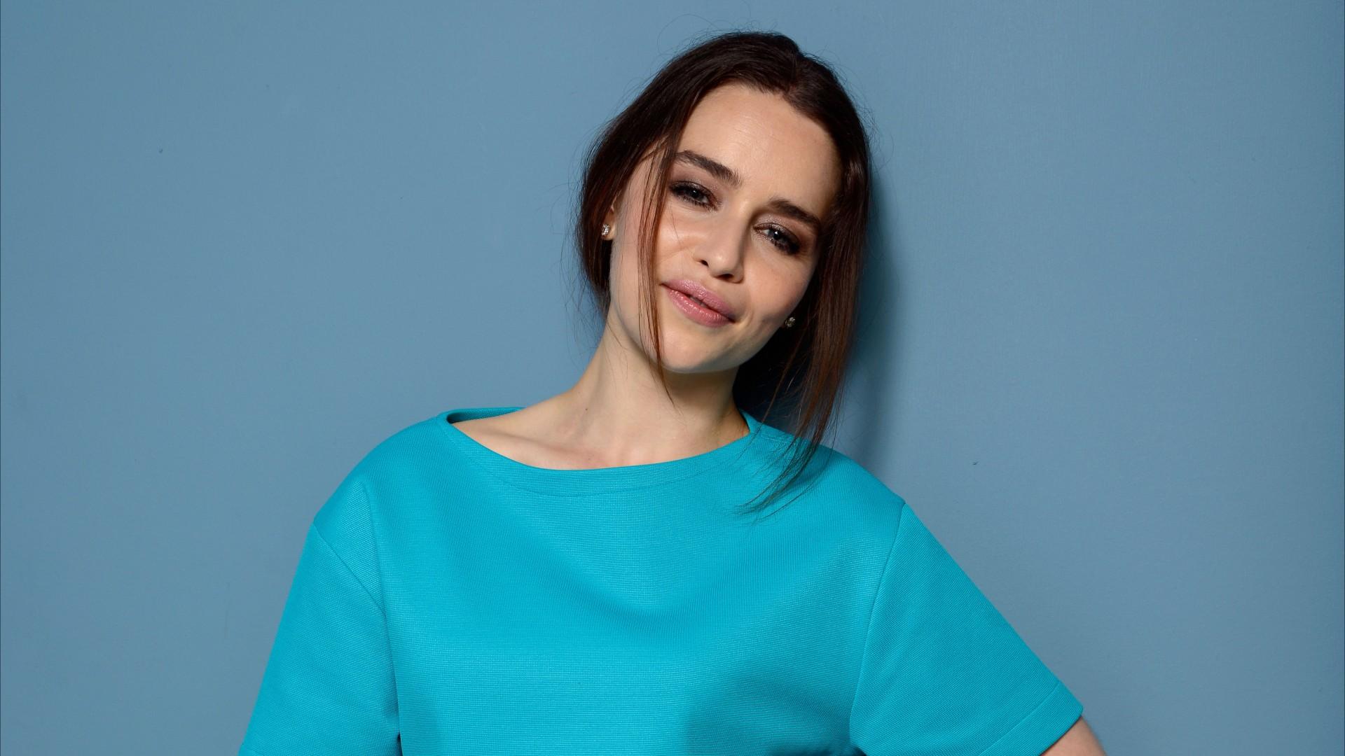 Emilia Clarke Beautiful Wallpapers