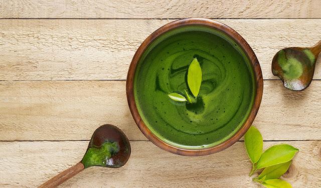 Green Tea And Baking Soda Drink