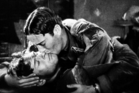 Alas, 1927, beso gay