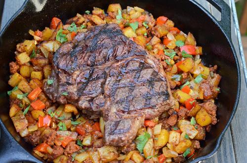 Ribeye steak with chroizo hash