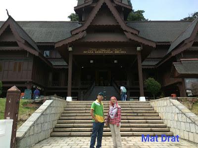 Tempat Menarik di Melaka Istana Ksultanan Melaka