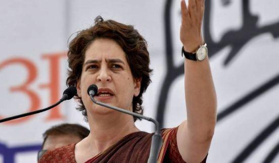 मूर्ति तोड़ने वाले कायरों की जीवन की यही उपलब्धि: प्रियंका गांधी - newsonfloor.com