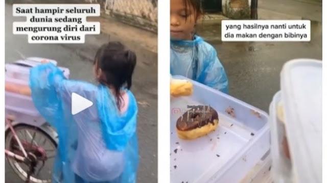 Tiara, Gadis Kecil Tak Bersekolah, Hujan-hujanan Jual Donat di Tengah Corona